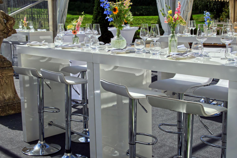 Barhocker Hochzeit modern mieten
