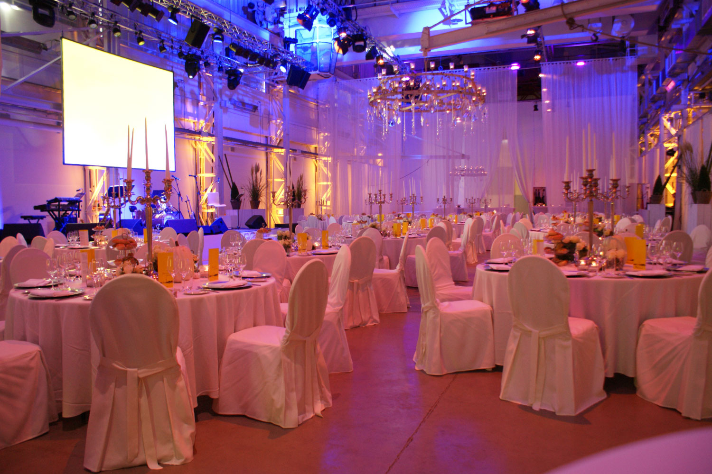 Banketttisch grosse Hochzeit mieten