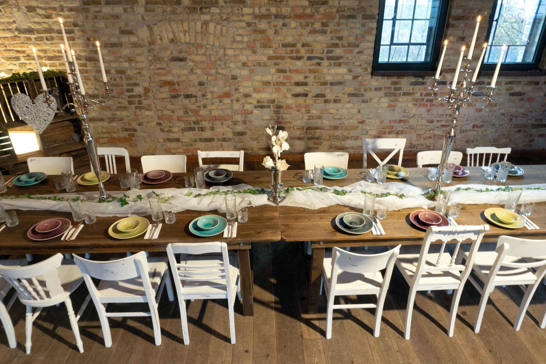 Holztisch Hochzeit Party mieten