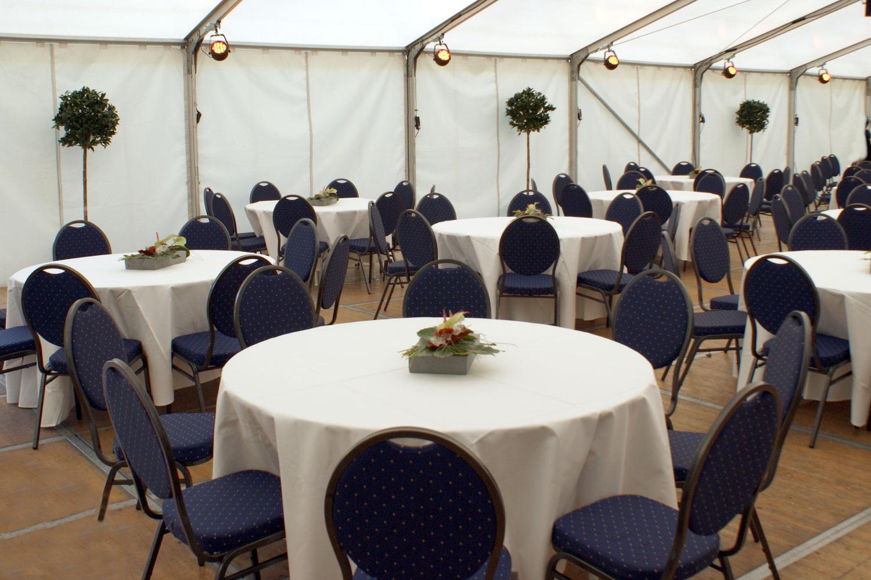 Bankettstühle Hochzeit Zelt mieten